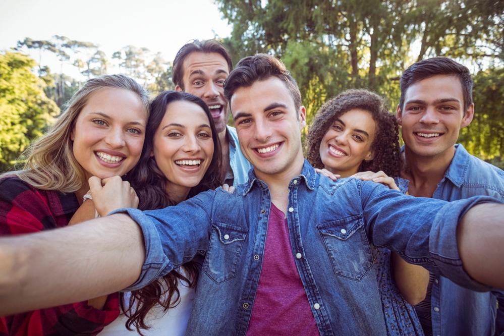 Happy-friends-taking-a-selfie-000070115435_Medium